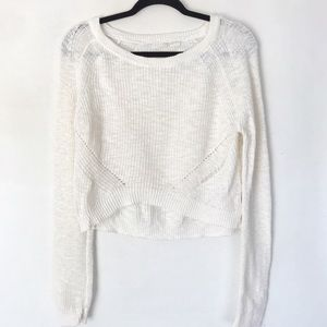 | Anthropologie | Moth cropped loose knit sweater
